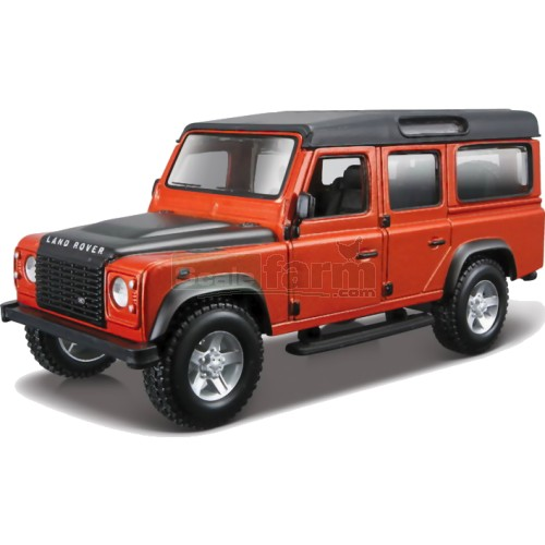 Land Rover Defender 110 - Metal Kit (Bburago 45127)