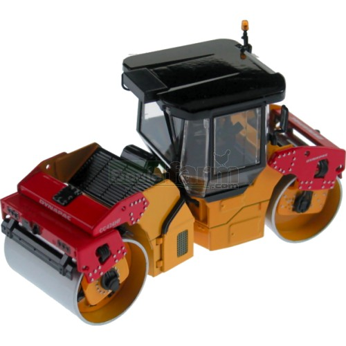 Dynapac CC424 HF Asphalt Roller with Enclosed Cab (Motorart 13386)