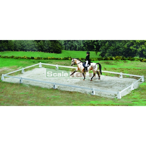 Dressage Arena (Breyer 2032)