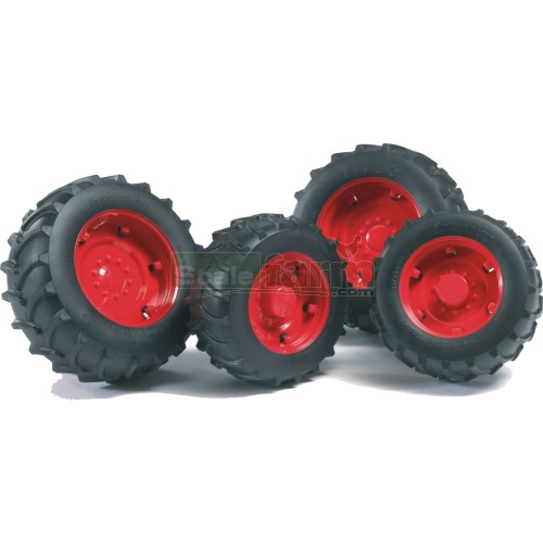 Twin Tyres with Red Rims - Super Pro 02000 Series (Bruder 02322)