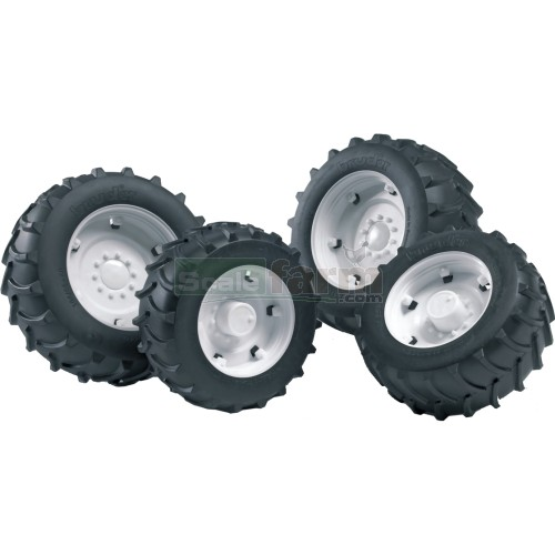 Twin Tyres with White Rims - Super Pro 02000 Series (Bruder 02323)