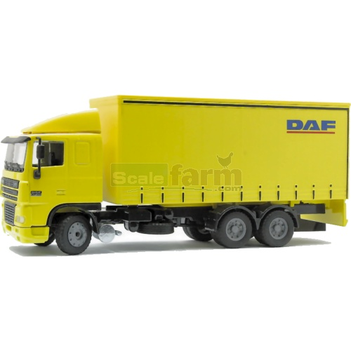 DAF XF Low Cab with Short Tautliner (Joal 357)