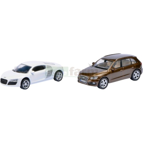 Audi Magnetic Auto Set including Audi R8 Coupe and Audi Q5 (Schuco 24902)