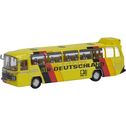 Mercedes Benz 0302 Bus - BRD Football Team 1974 (Schuco 26157)