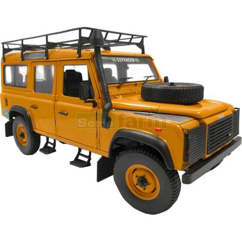 Universal Hobbies 3884 - Land Rover Defender 110 Tdi Station Wagon