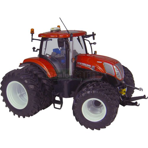 New Holland T7.210 Dual Wheels Tractor (Universal Hobbies 4084)