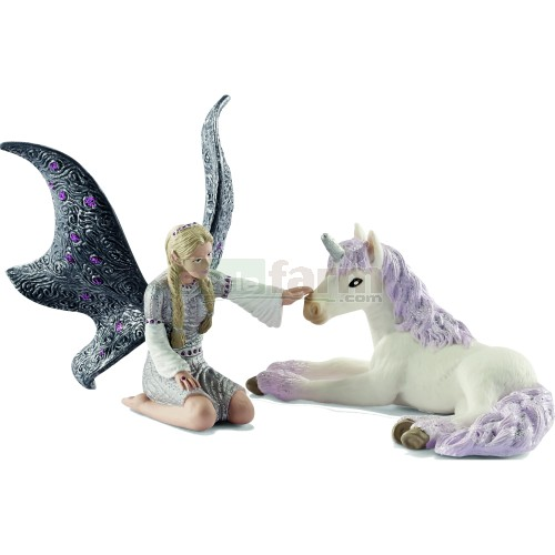 Lindariel with Unicorn Foal (Schleich 70424)