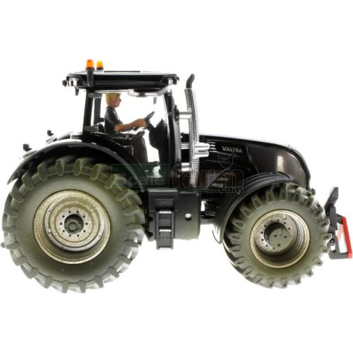Valtra Series S Tractor Blackline Edition - Mud Effect (SIKU 3281)