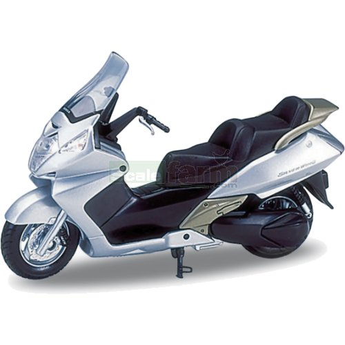Honda Silver Wing - Silver (Welly 12165)