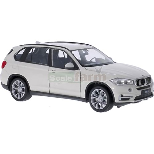 BMW X5 - White (Welly 24052)