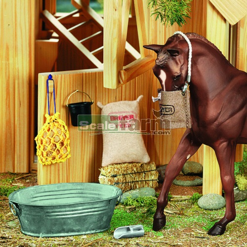 Stable Feed Set (Breyer 2486)