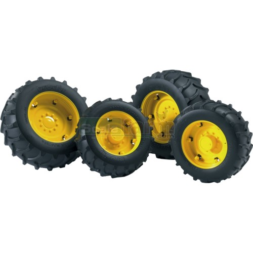 Twin Tyres with Yellow Rims - Super Pro 02000 Series (Bruder 02321)