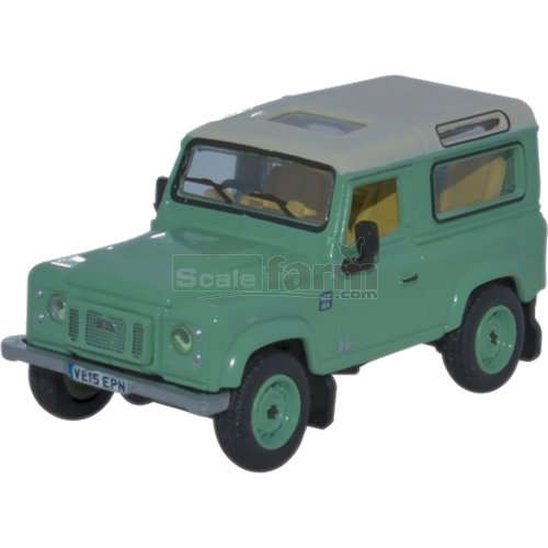 Land Rover Defender 90 Station Wagon - Grasmere Green (Oxford 76LRDF007HE)