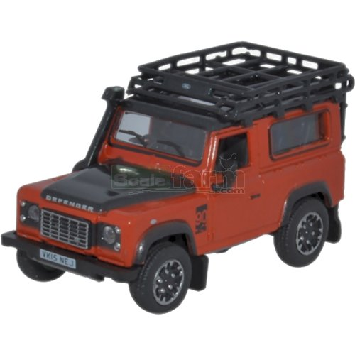 Land Rover Defender 90 Station Wagon - Phoenix Orange (Oxford 76LRDF008AD)