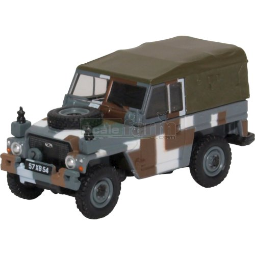 Land Rover 1/2 Ton Lightweight Canvas - Berlin Scheme (Oxford 76LRL004)