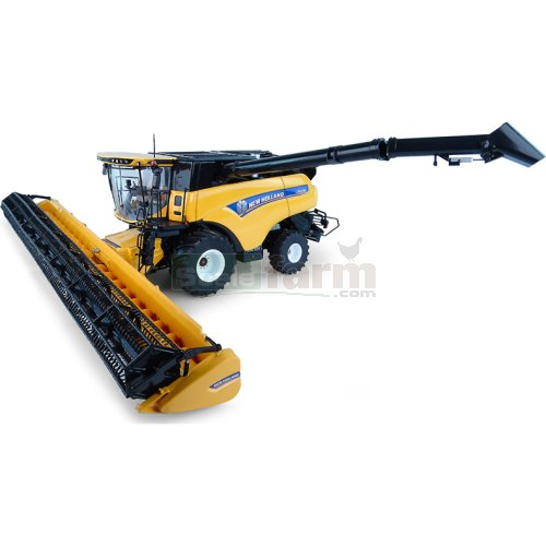 New Holland CR10.90 Combine Harvester (Universal Hobbies 4868)