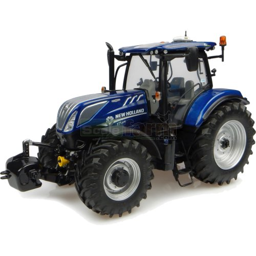 New Holland T7.225 Tractor (2015) - Blue Power (Universal Hobbies 4900)