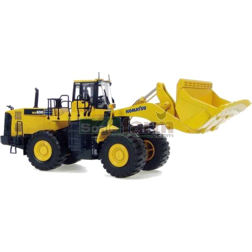 Komatsu WA600 Articulated Loader (Universal Hobbies 8008)