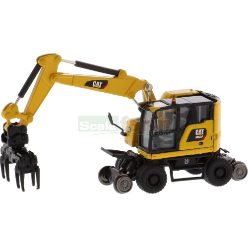 CAT M323F Railroad Wheeled Excavator with 3 Attachments (Diecast Masters  DM85612)