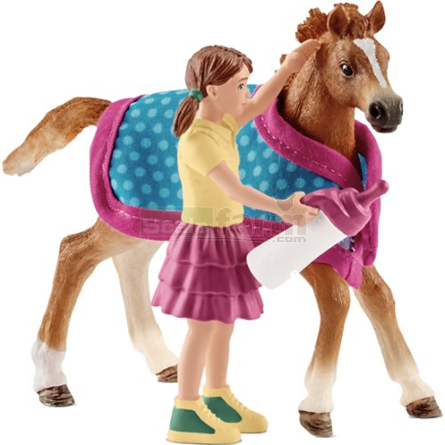 Foal with Girl, Blanket and Feeding Bottle (Schleich 42361)